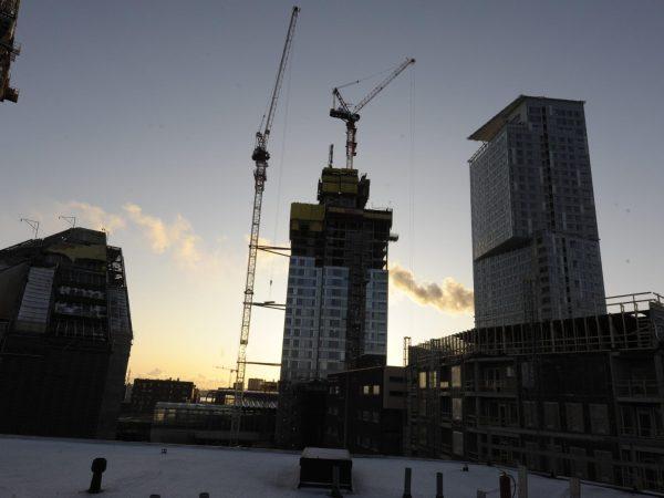Rakennusalan työttömyys lähti kasvuun huhtikuussa -Artikkelikuva