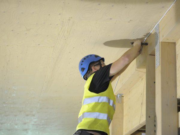 Rakentajien palkat nousevat syyskuun alussa -Artikkelikuva